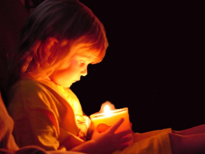 candle-girl.jpg